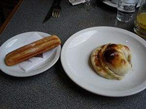 Argentina Food: Churros & Media Lunas