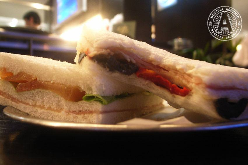 Sandwiches_de_Miga