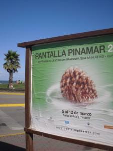 Pantalla Pinamar: By The Beach