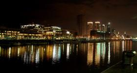 Buenos_Aires_-_Puerto_Madero_at_night