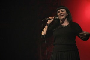 Kate Sedgwick GrinGo StandUp by Angela San Telmo Loft