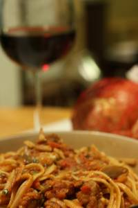 Pasta w/ sausage, tomatoes & mushrooms