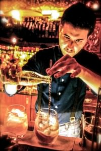 Seba García mixing a cocktail at Frank's Bar