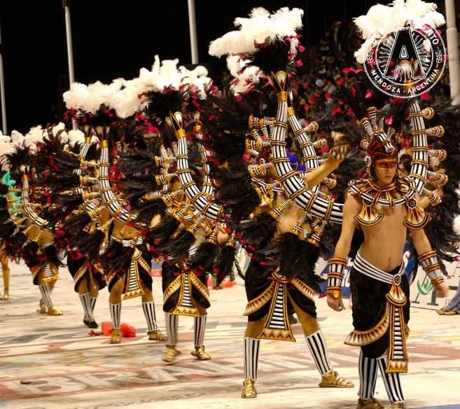 Egyptian dancers in Gualeguaychu