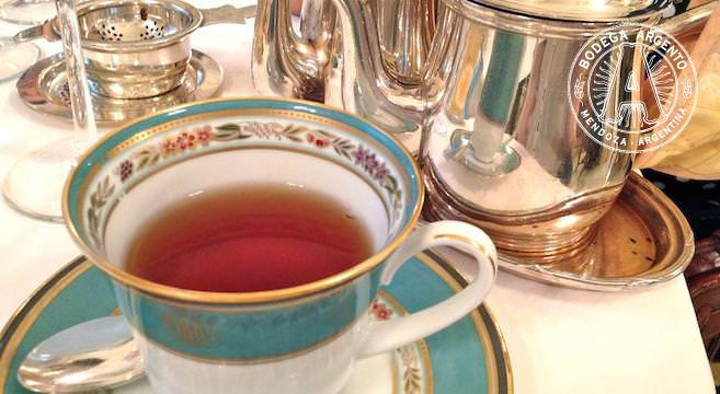 Afternoon tea at Alvear home