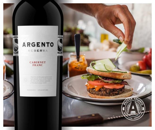 Burger de hongos y Argento Res Cab Franc_fb