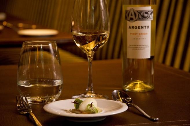 Pinot Grigio at Dario Gualtieri Bistro